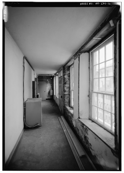 File:SECOND FLOOR INTERIOR VIEW FROM SOUTH SOUTHWEST OF SOUTH SOUTHEAST ROOM (FRONT TRANSVERSE) - Masonic Hall, Shenandoah Street, Harpers Ferry, Jefferson County, WV HABS WVA,19-HARF,36-16.tif