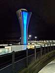 SFO Control tower, night. (28125162268).jpg