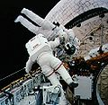 STS-54 Harbaugh carries Runco.jpg