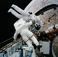 STS-54 Harbaugh carries Runco