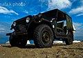 Safa (01 sur 01) سيارة jeep على الشاطئ.jpg