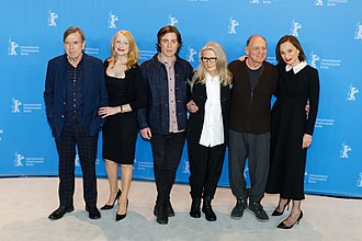 The Party (2017 film) - Sally Potter with the cast at the 2017 Berlin Film Festival: Timothy Spall, Patricia Clarkson, Cillian Murphy, Sally Potter, Bruno Ganz und Kristin Scott Thomas