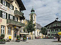 Sankt Johann in Tirol, straatzicht2 bij de Pfarrkirche foto1 2012-08-07 15.42.jpg