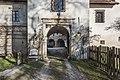 Sankt Veit Wayer Strasse 19 Schloss Weyer Hauptportal mit ehem Zugbruecke 14122016 5617.jpg
