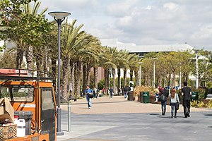 English: Santa Monica College Boardwalk, 2011.