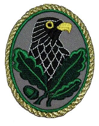 Sniper's Badge - Sniper's Badge (1st class – gold trim)