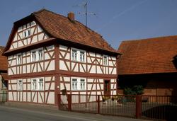 Schimborn Fachwerkhaus Kahlgrundstraße 77 (01).png