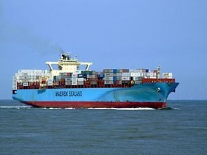 Sealand New York p06 approaching Port of Rotterdam, Holland 08-Jul-2007.jpg