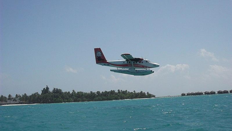 File:Seaplane landing in the Maldives.jpg