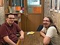 Seb et Noé parlent gros biz au Kotopo.jpg