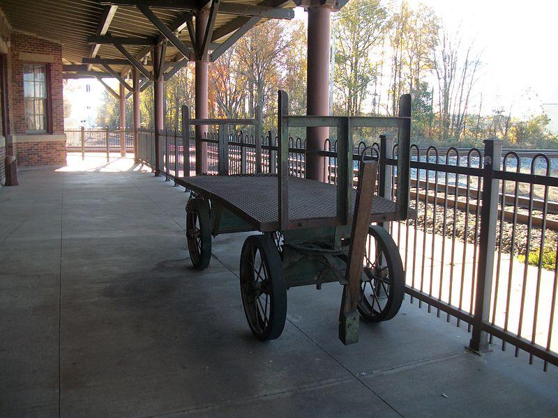 File:Selma Union Depot; Cast Iron Baggage Cart-1.JPG
