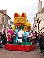 Sergines-FR-89-carnaval 2019-char Maneki-Neko 02.jpg