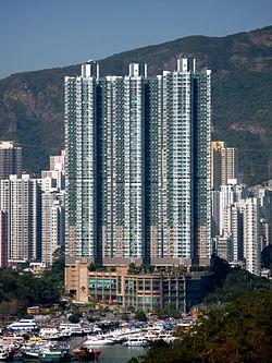 Sham Wan Towers 200901.jpg