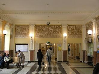 Skierniewice railway station - Image: Skierniewice Dworzec wnetrze