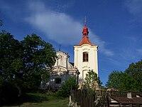 Sluštice, kostel.jpg