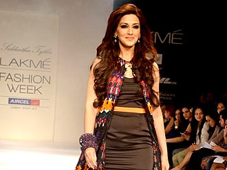 Sonali Bendre - Sonali Bendre at LFW Summer/Resort fashion show, 2012.