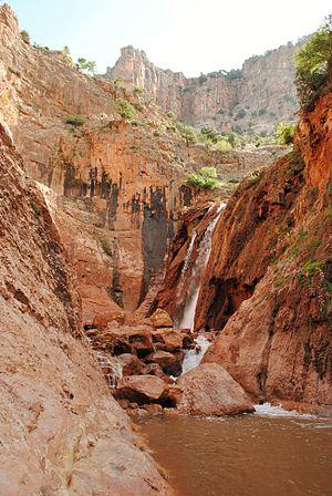 Oum Er-Rbia River - Image: Sources d'Oum Rabii 1