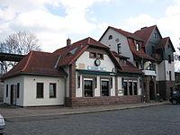 Southern railway station Arnstadt 2.JPG