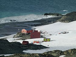 St.-Kliment-Ohridski-Base-2012.jpg