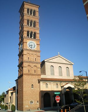 Old Pasadena - St. Andrew's Catholic Church on Raymond Avenue and Chestnut Street