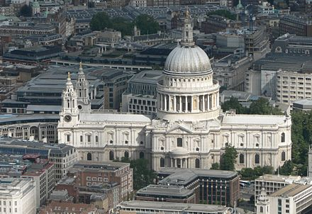 St Paul's Cathedral, London by Christopher Wren, built 1677. St Pauls aerial.jpg