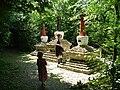 Statues in Highgreen Wood - geograph.org.uk - 228801.jpg