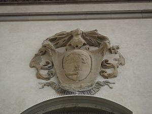 Palazzo Fenzi - Fenzi coat of arms.
