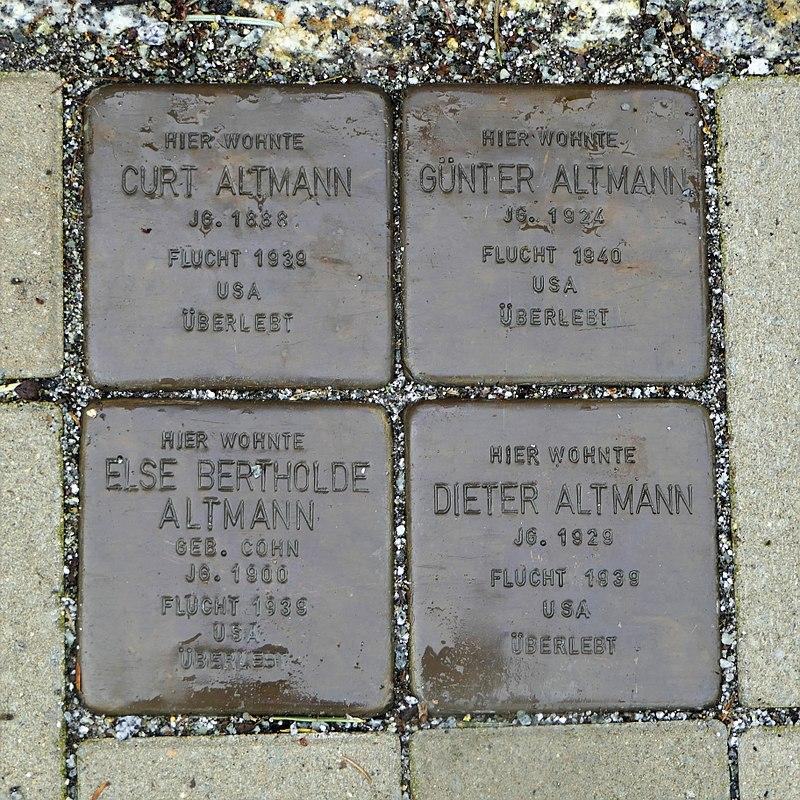 Stolpersteine für Familie Altmann, Taucherstrasse 6, Bautzen.JPG