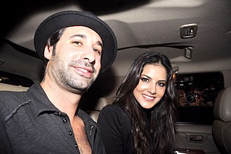 Jism 2 - Sunny Leone and Daniel Weber traveled to India to promote Jism 2