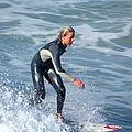 Surf IMG 0833-1 (3118437627).jpg
