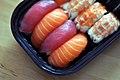 Sushi (5360306021).jpg