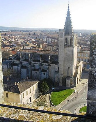 Tarascon - Tarascon and St. Martha's Church from top of Castle.