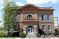 The Dalles City Hall.jpg