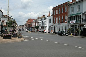 Pershore - Image: The High Street, Pershore geograph.org.uk 305983