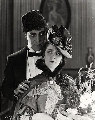 Mary Philbin - Image: The Phantom of the Opera (1925) still
