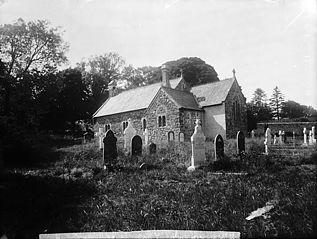 The church, Manorowen (Farnowen)
