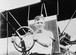 Thomas Scott Baldwin - Baldwin at the wheel of the Red Devil