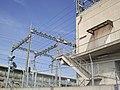 Tokaido Shinkansen Yaizu electrical substation 02.jpg