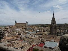 Toledo - Vista de la catedral y el alcázar.JPG