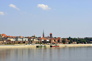 History of Toruń - Modern-day Toruń, located on the banks of the Vistula