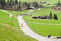 Tour de Romandie 2013 - étape4 - peloton début du col des Mosses.jpg