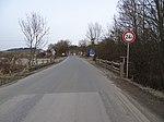 Trněný Újezd, silnice 10122, most přes Karlický potok, směr Kuchař.jpg