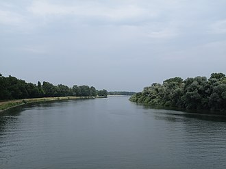 Marckolsheim - Image: Tussen Marckolsheim en Sasbach, de Rijn foto 2 2013 07 24 14.40