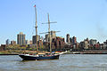 USA-NYC-East River.jpg