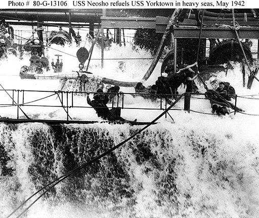 USS Neosho refueling wave