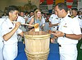 US Navy 020721-N-7564P-008 Sailors participating in RIMPAC 2002 attend closing reception.jpg