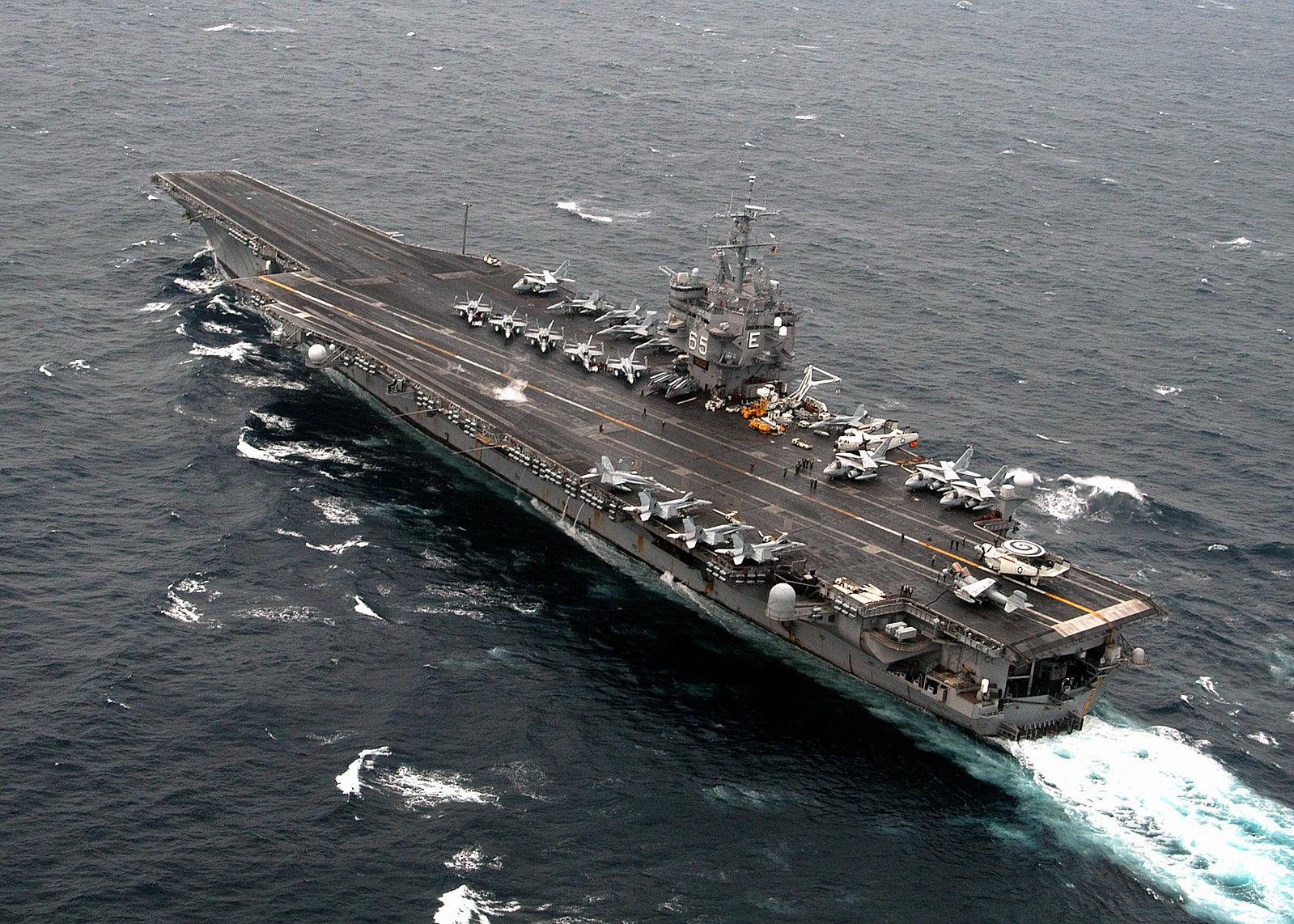 1599px-US_Navy_040707-N-0119G-085_USS_En