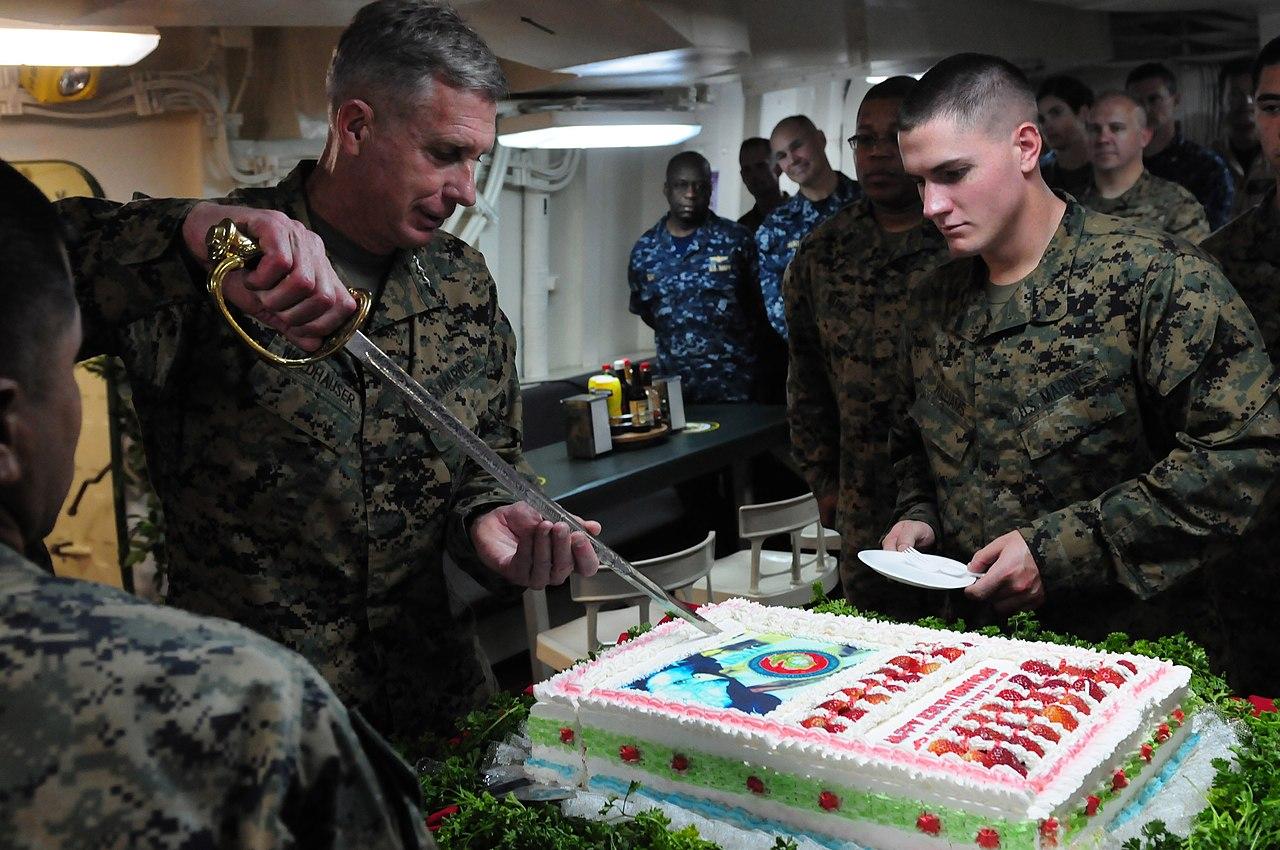 File Us Navy 101110 N 7042v 067 Lt Gen Thomas D