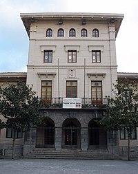 Ugao-Miraballes - Ayuntamiento.jpg