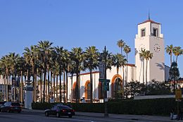 Union Station profile, LA, CA, jjron 22.03.2012.jpg
